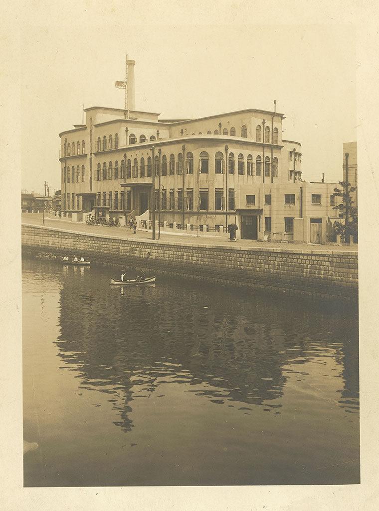 京橋区役所と京橋図書館 昭和4(1929)年